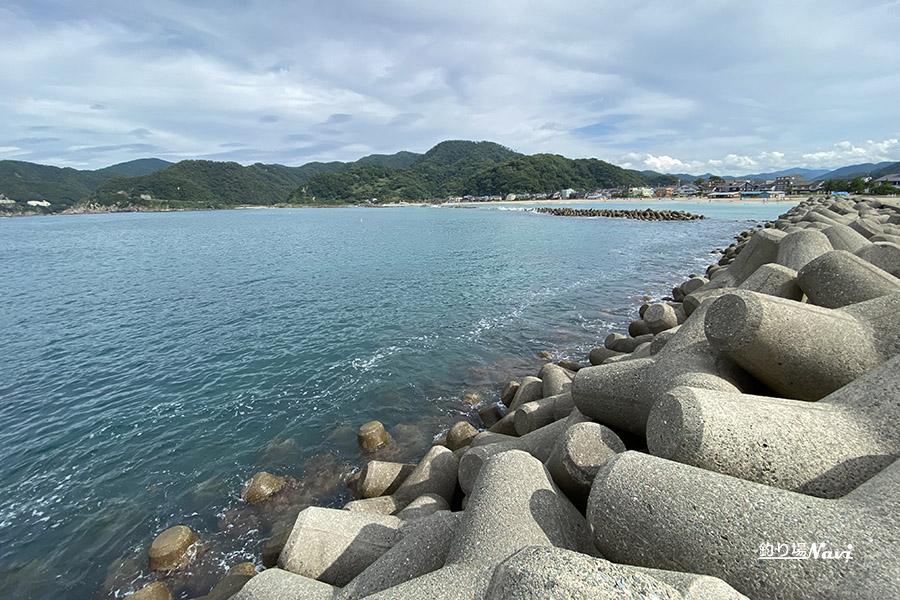竹野港東防波堤